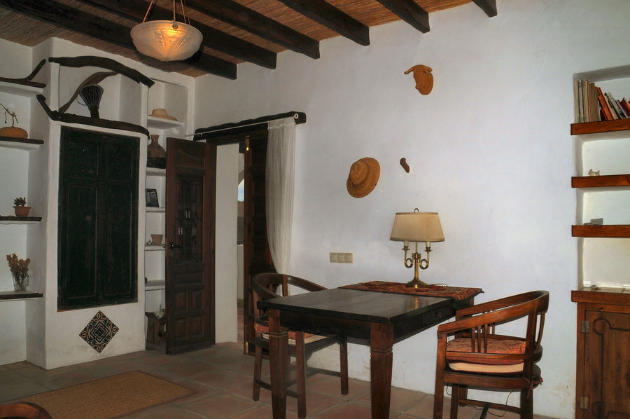 Cortijo 6 Bedroom  For sale