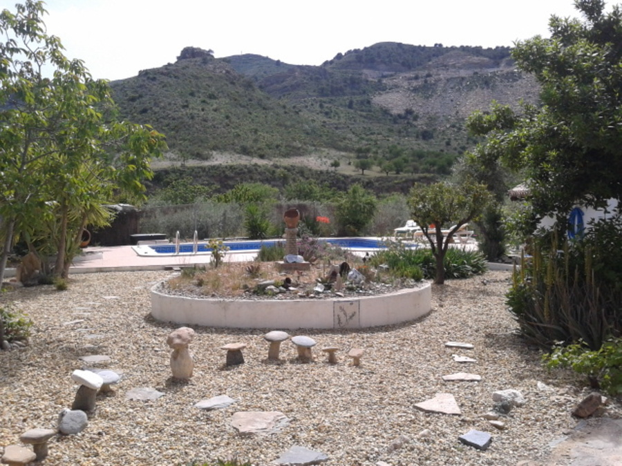 5 Bedroom Cortijo Lubrin