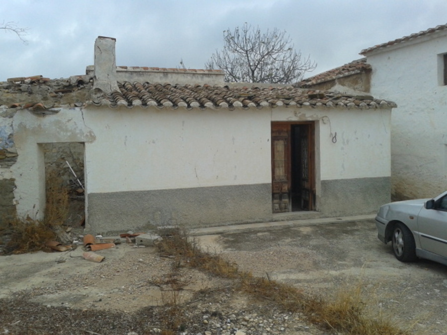 Antas Almería cortijo for renovation 36000 €